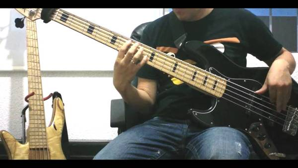 smooth criminal bass cover with tabs